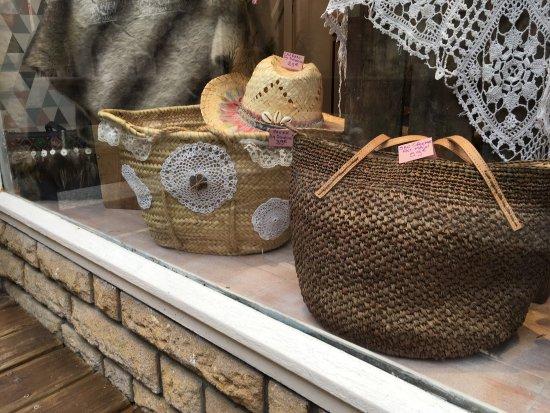 Monflanquin, فرنسا: Bijoux faits main... made un Monflanquin