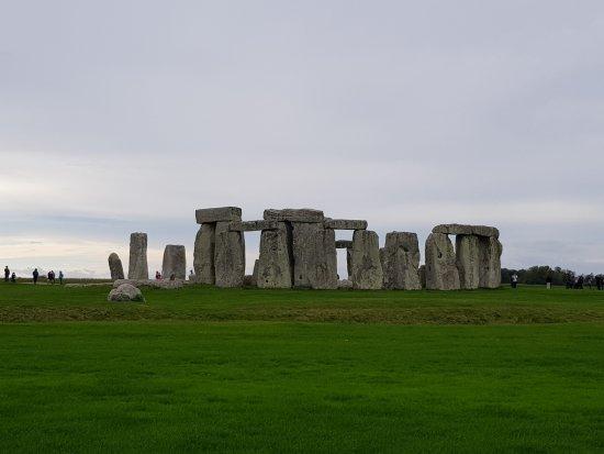 Amesbury, UK: Stones