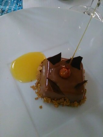 Busnes, France: Le chocolat Valrhona - Crémeux Jivara / mendiants