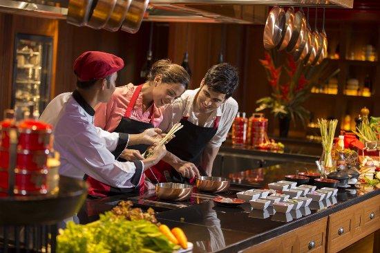 อินเตอร์คอนติเนลตัล สมุย บ้านตลิ่งงาม รีสอร์ท: Cooking Class   InterContinental Samui Baan Taling Ngam Resort