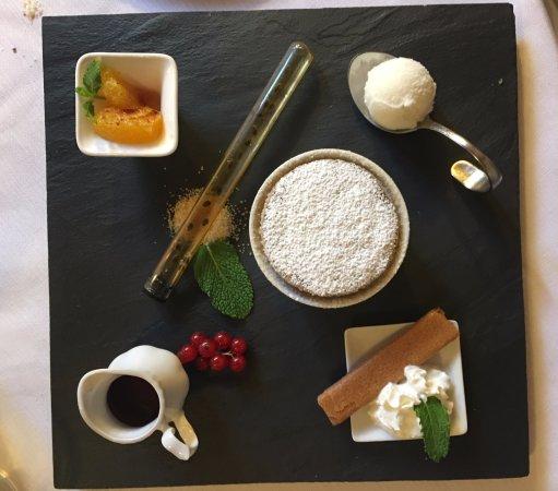 Deruta, Italia: Dolce: tortino al cioccolato