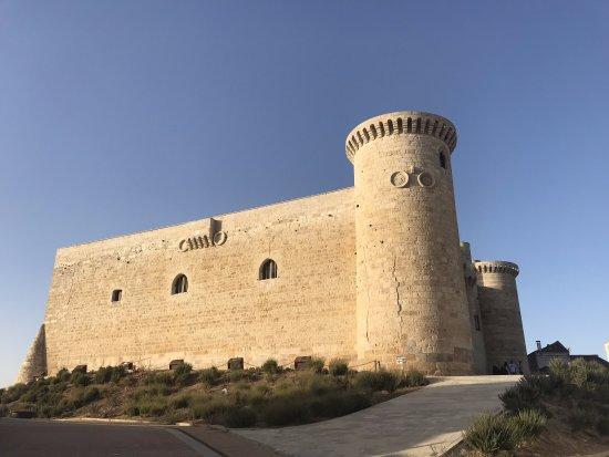 Fuentes de Valdepero, สเปน: Castillo