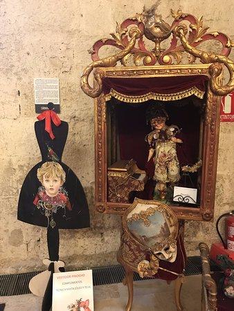 Fuentes de Valdepero, إسبانيا: Exposición temporal sobre cuentos