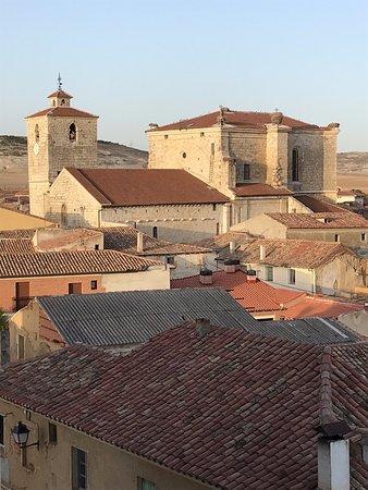 Fuentes de Valdepero, إسبانيا: Vistas de Fuentes de Valdepero desde las almenas