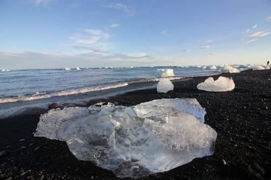 Saint-Marcel, Italia: laguna di ghiaccio