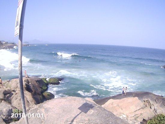 Arpoador beach: Swel entrando