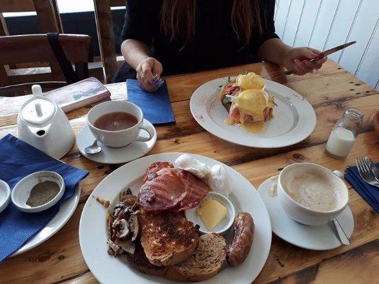 Littleport, UK: Breakfasts at Habis