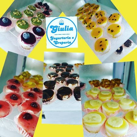 Galliate, Italia: pasticcini