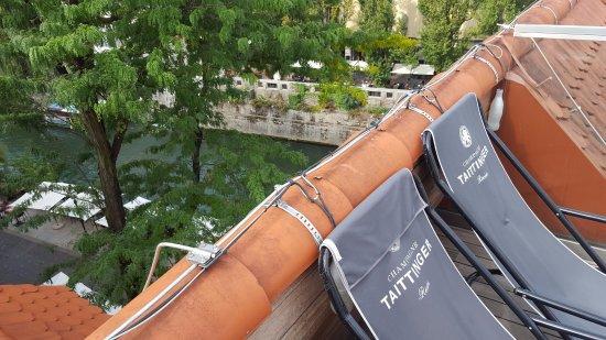 Vander Urbani Resort: Rooftop pool