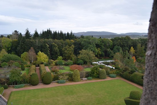 Banchory, UK: A view of the part of the gardens from an upstair room.