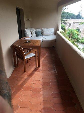 Vilalara Thalassa Resort: Balkon mit Daybed