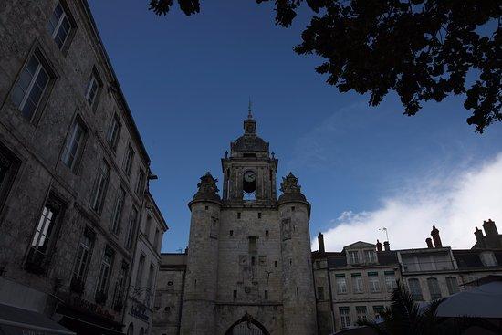Porte de la grosse horloge la rochelle france updated for Things to do in la porte