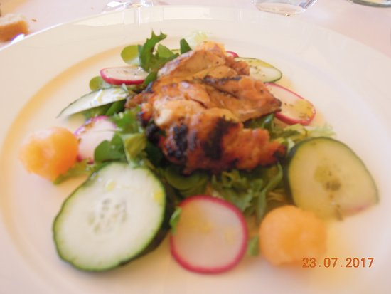 Tavarnelle Val di Pesa, อิตาลี: Cooked chicken salad