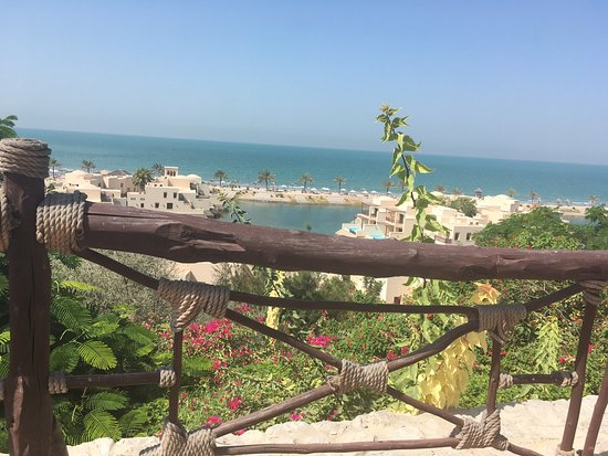The Cove Rotana Resort Ras Al Khaimah: Private Beach