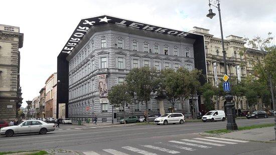 Terror Haza Muzeum: House of terror museum