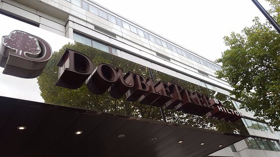 DoubleTree by Hilton - London Hyde Park Photo