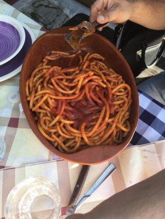 Cesaro, Italy: Pasta fresca con il sugo di maiale dei nebrodi