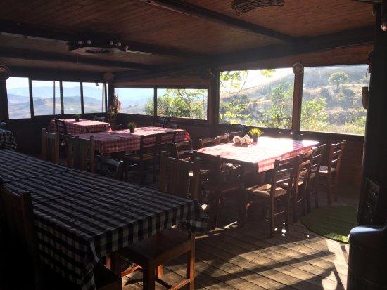 Cesaro, Italy: Una delle sale del ristorante