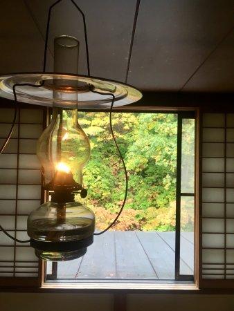 Lamp no Yado Aoni-onsen: 夜は暗過ぎて常時ライトが必要なぐらいです。お酒を呑むにはとても良い雰囲気です。