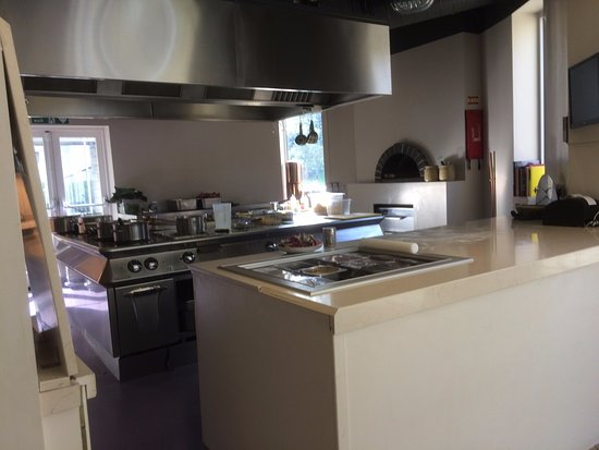 Faringdon, UK: Brasserie Kitchen