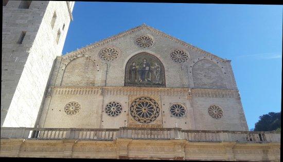 Spoleto, Italia: 20171015_112755_large.jpg