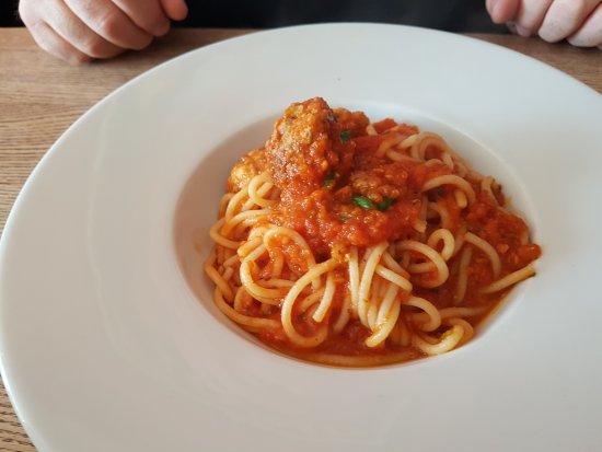 Crewe, UK: Meat balls and spaghetti