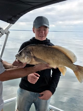 Sylvan Beach, NY: Fishing with Scriba Charters on Lake Oneida, NY