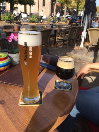 Dinee-Cafe Veertien: photo0.jpg