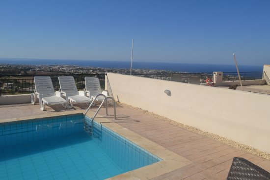 Club St. George Resort: View of Paphos and the sea