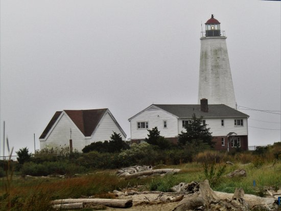 Lynde Point Lighthouse: Lynde Point Light