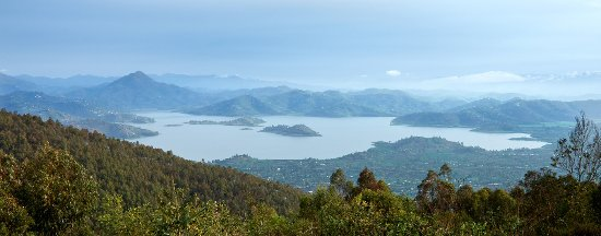 Northern Province, Rwanda: The lakes from the hillside