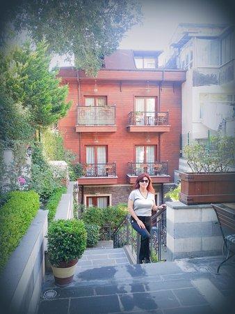 Rose Garden Suites Istanbul Photo