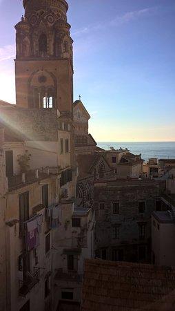 Albergo L'Antico Convitto: テラスから眺めるアマルフィ大聖堂