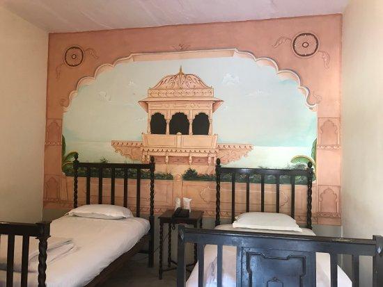 Ishwari Niwas Palace: photo2.jpg