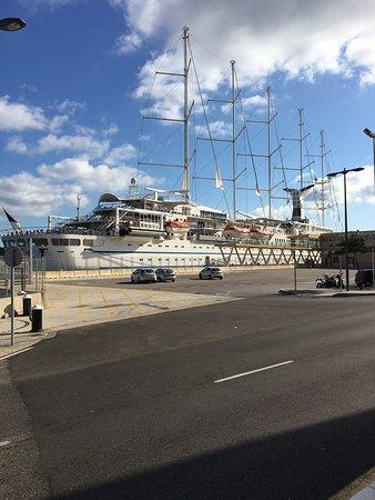 Mahon Port: photo5.jpg