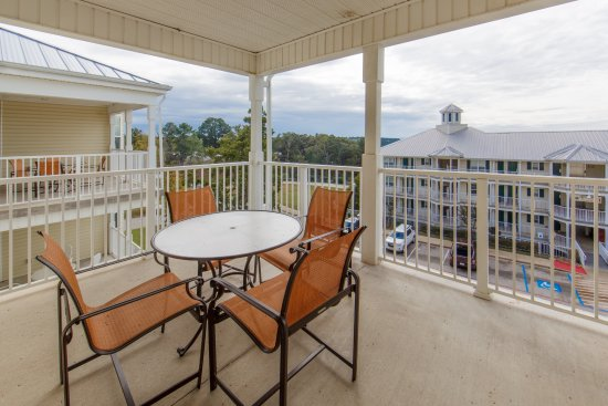 Balcony - Picture of Holiday Inn Club Vacations Villages Resort, Flint - Tripadvisor