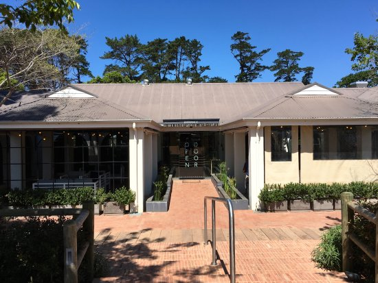 Constantia Uitsig Wine Estate: entrance