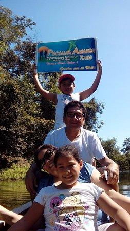 Pucallpa Amazon Tours: Yarinacocha, pesca de pirañas...
