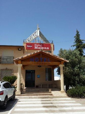 Entrada Hotel Malena.  Caravaca de la Cruz.