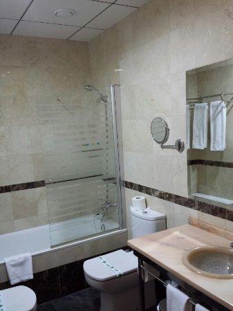 Caravaca de la Cruz, Spain: Fotografía del cuarto de baño.  Hotel Malena.
