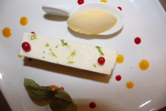 Rochegude, Francja: dessert noix de coco