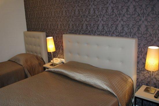 Hotel de Troyes : Chambre 3 personnes