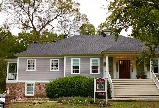 Jefferson, TX: Main House