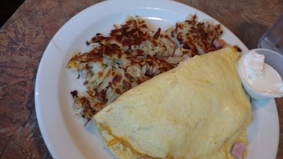 Freeland, WA: ham and cheese omelet