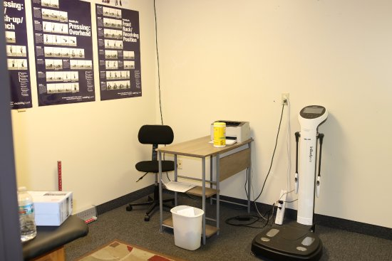 Grand Blanc, MI: Get detailed information about your body composition with out body analyzer scale