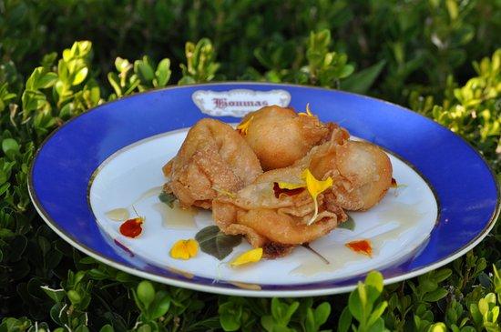 Darrow, LA: Crawfish Wontons