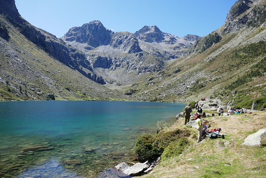 Cauterets, Francja: Lac D'Estom from the refuge