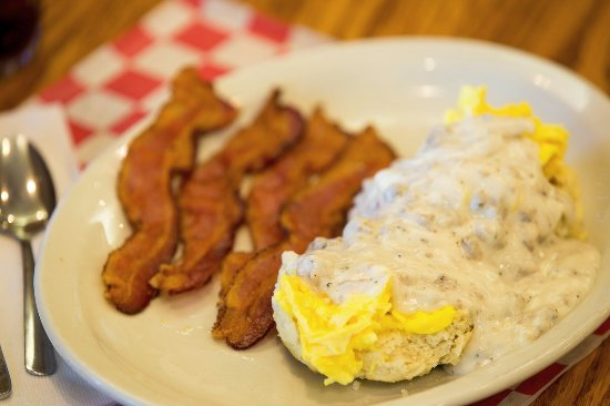 Independence, MO: Biscuit Topper available daily until 11:00 a.m.