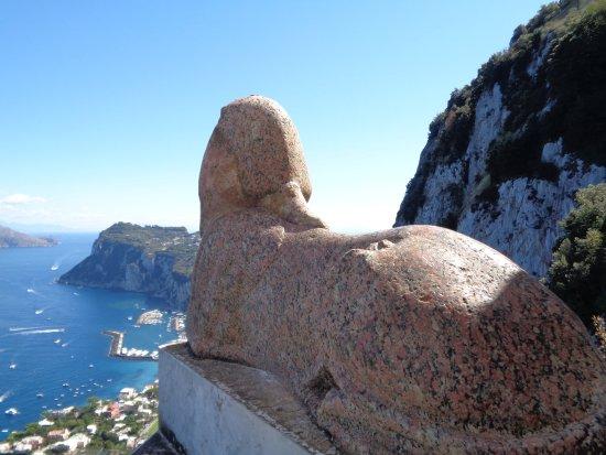 Villa San Michele: Le sphinx qu'Axel Munthe aurait trouvé dans les eaux de Capri