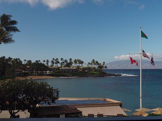 Napili Kai Beach Resort: View of Napili Bay